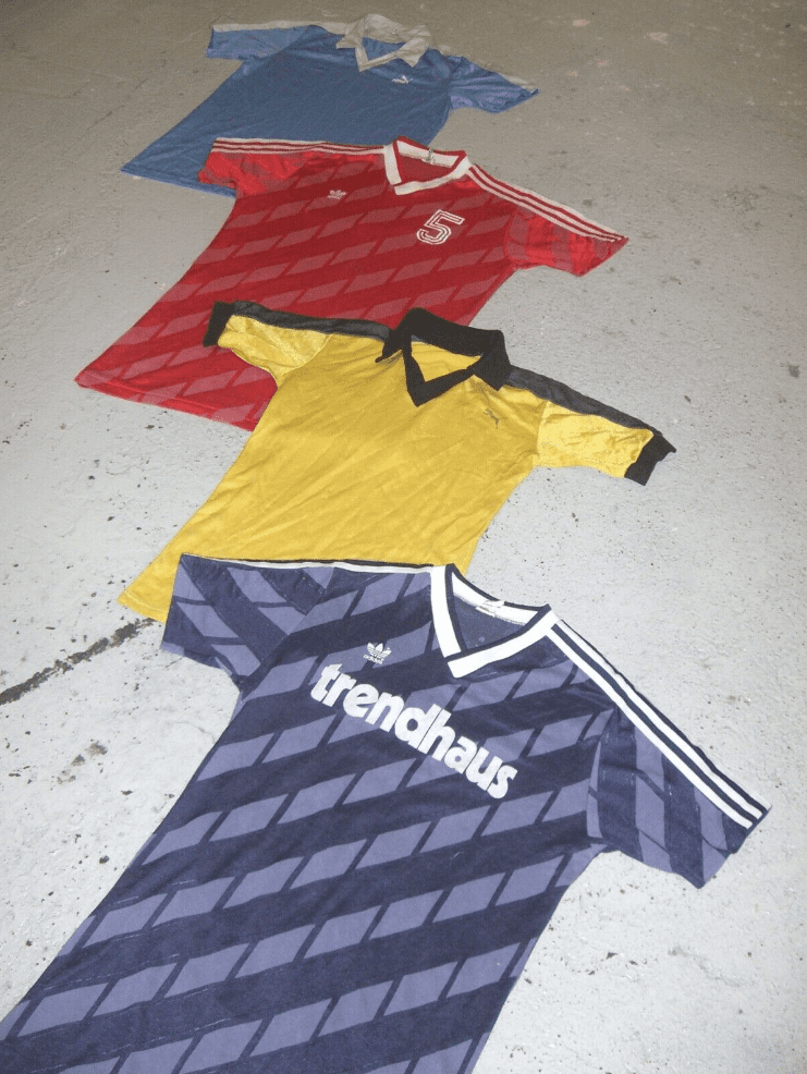 25 x Vintage Football Shirts