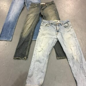 Levis Mixed Series
